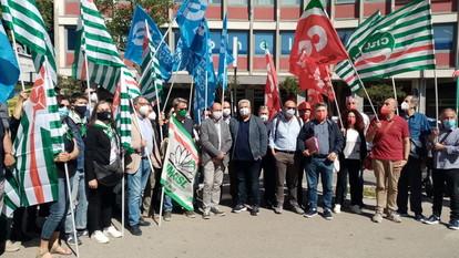 Abruzzo e Molise, sindacati in piazza a Pescara per la sicurezza
